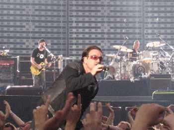 Bono preekt