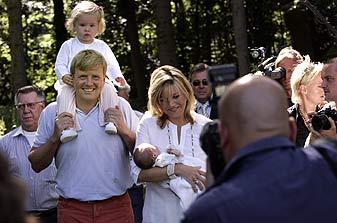 Willem-Alexander, Máxima en dochters