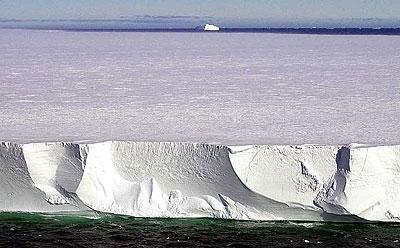 De zingende ijsberg
