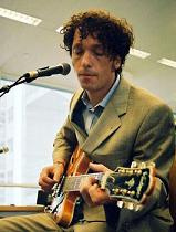Muzikant Erik de Jong, alias Spinvis