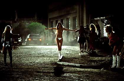 Beeld uit de film Princesas over het leven van prostituees