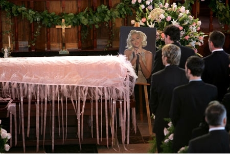 Anna Nicole Smith begraven