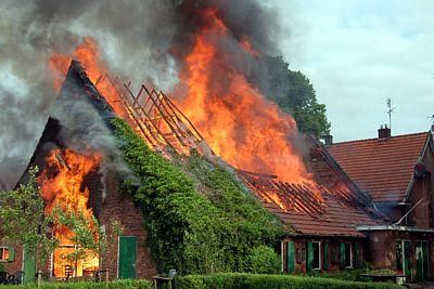 Brand in kampeerboerderij