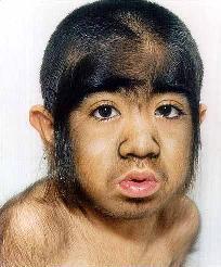 [img]http://images.fok.nl/upload/Kazachstan.jongetje.apenhaar.jpg[/img]