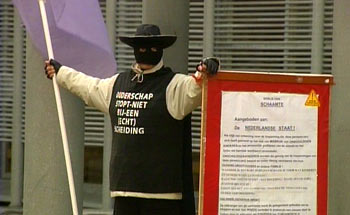 Zorro! Boze vader vraagt om aandacht