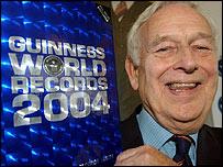 Norris McWhirter, bedenker van het Guinness Book of Records